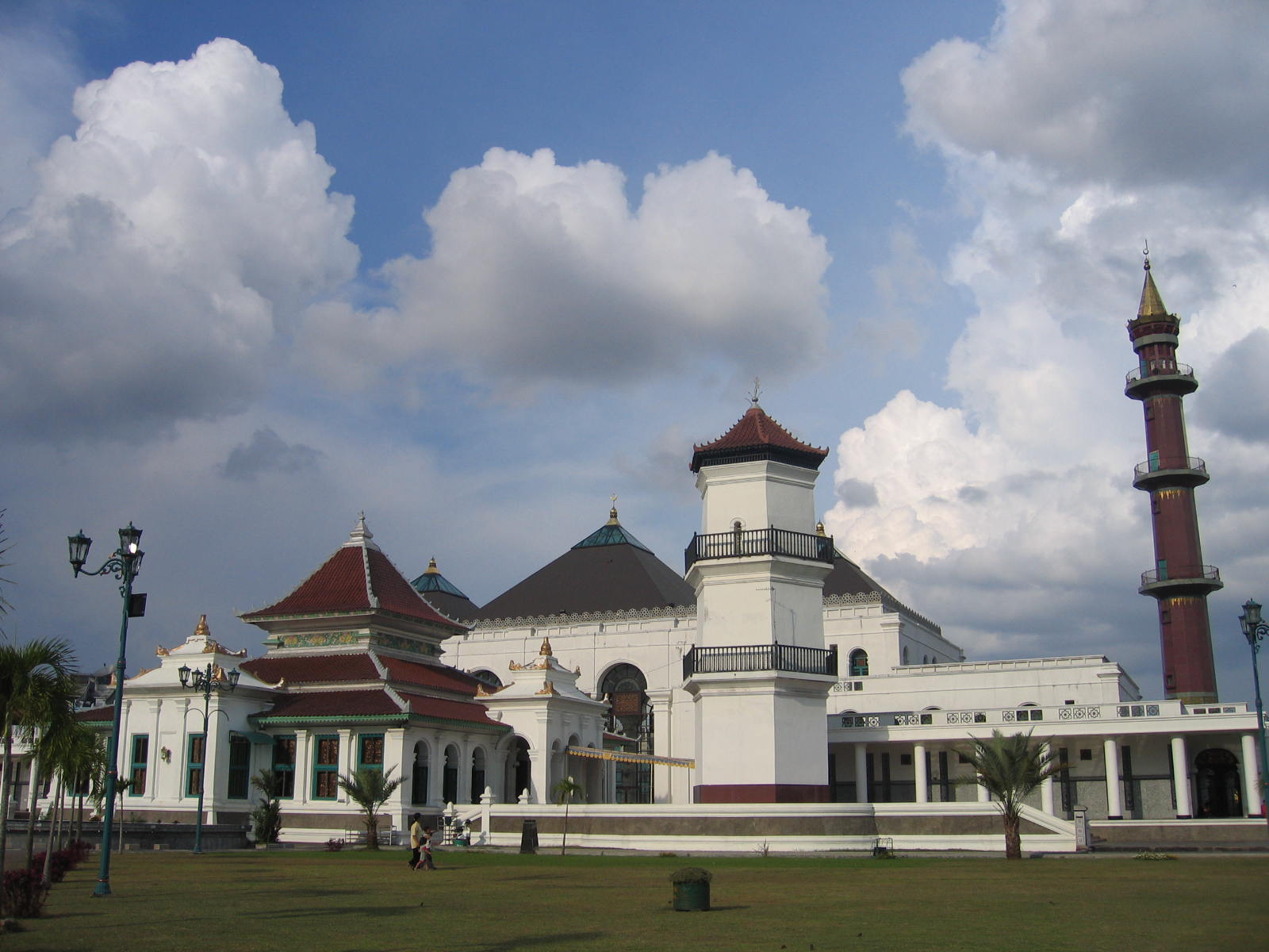 Image result for masjid sultan agung palembang
